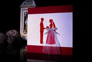 Invitatie nunta personalizata mire si mireasa cu tulle www.grand-media.ro